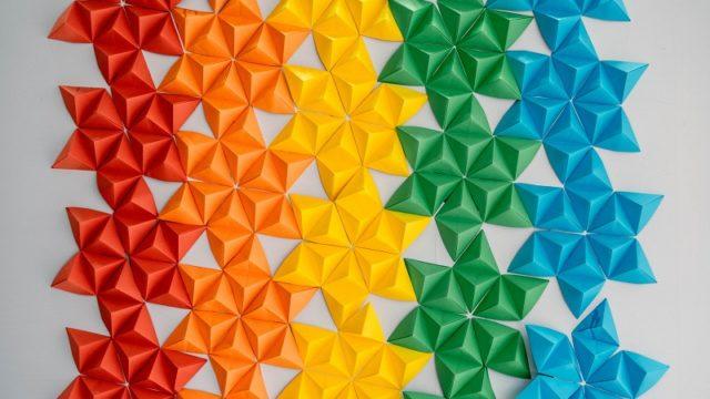折り紙で作った模様